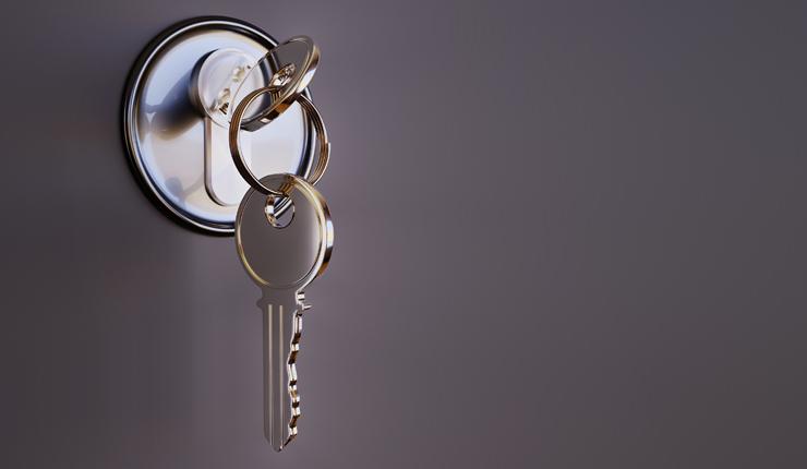 key-3348307 740×430